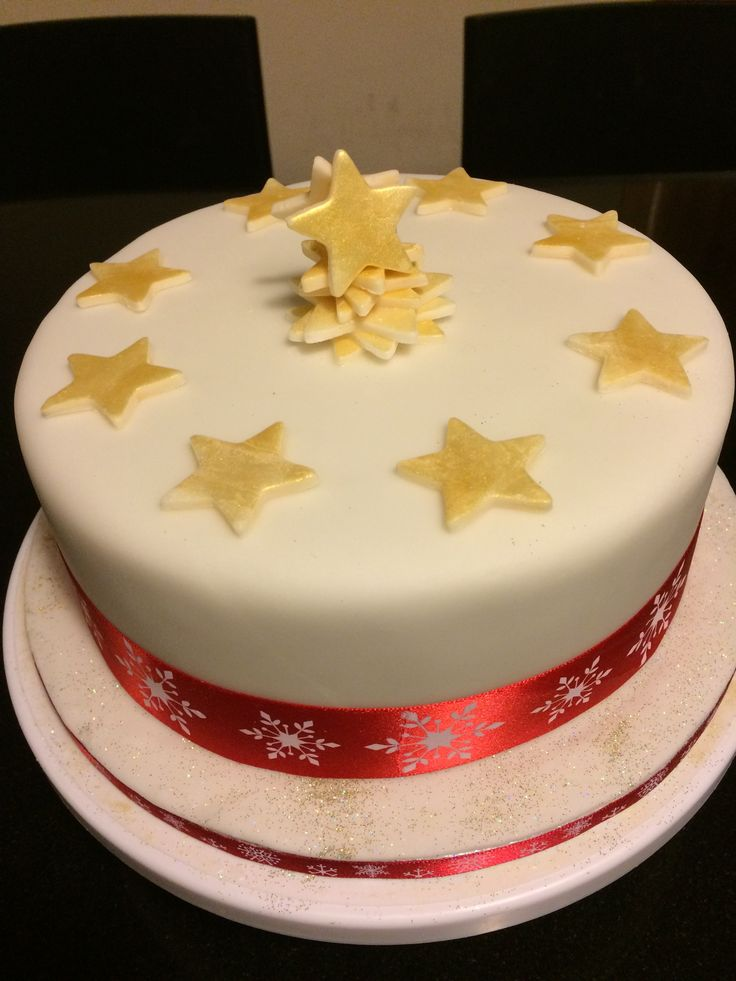 Christmas cake made as prize for school raffle.