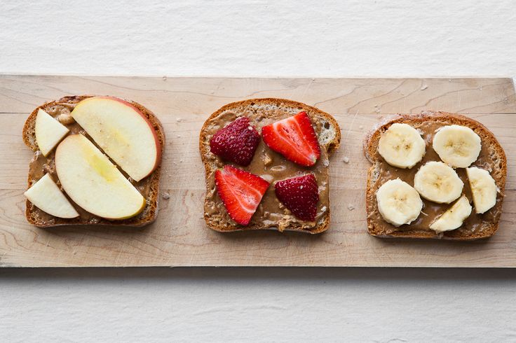 one of my favorite snacks! peanut butter with fruit: Fruit, Breakfast, Almond Butter, Healthy Snack, Snacks, Healthy Food, Peanut Butter