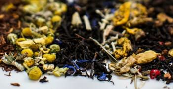 Cox and baloney loose tea  http://www.coxandbaloney.com/loose-tea-shop/