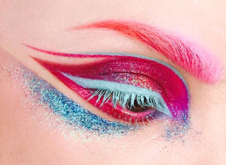 Drag makeup                                                                                                                                                                                 More