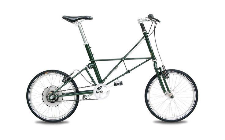 אופני אי-מולטון הם אופניים חשמליים מזן אחר לגמרי, שילוב מרתק של עולם ישן וחדש, ומראה יוצא דופן עם תכונות מיוחדות. אופני מולטון מיוצרים בעבודת יד באנגליה, ומתאימים לרוכבים המחפשים ביצועים מקסימליים בסביבה העירונית, לצד נוחות וניידות יוצאי דופן. שלדה שמגיבה היטב לתנאי השטח המשתנים, ומאפשרת קיפול מהיר לצורך אחסנה. השילוב עם מנוע זאוס יוצר אופניים חשמליים שמשלבים בצורה חכמה את יכולות הסוללה יחד עם יכולות הרוכב.