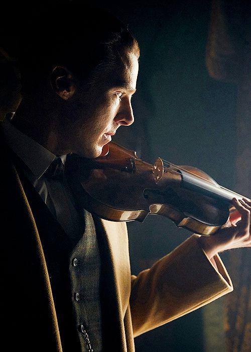 Benedict as Sherlock (Sherlock Special: The Abominable Bride)
