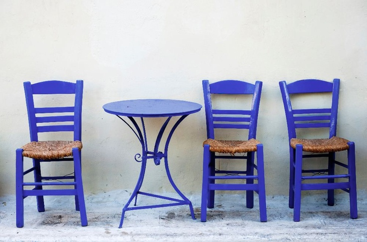 Reinvigorate any dining set by painting with Iris - Krylon's January '13 Color of the Month #DIY #home #decor