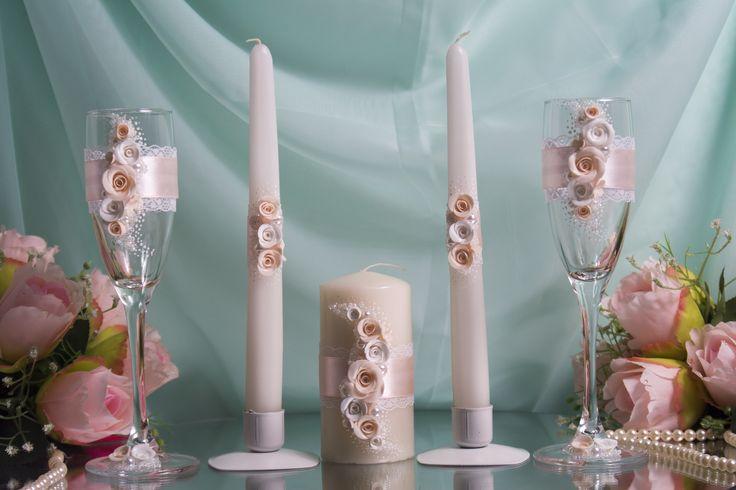 Комплект атрибутов ручной работы с розами из пластики- бокалы и свечи семейного очага - для свадьбы в персиковом цвете. #свадьбы #атрибуты #бокалы #семейный очаг #персиковый #ручная_работа #soprunstudio