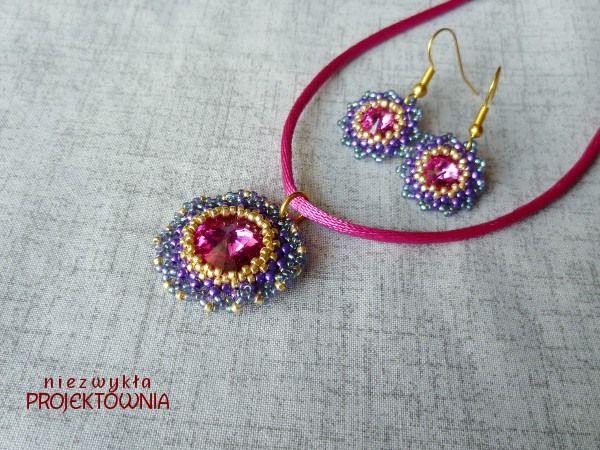 Komplet z kryształkami Swarovskiego w kolorze fuksji. Koraliki Toho. #swarovski #fuschia #beading #toho #beadedjewelry