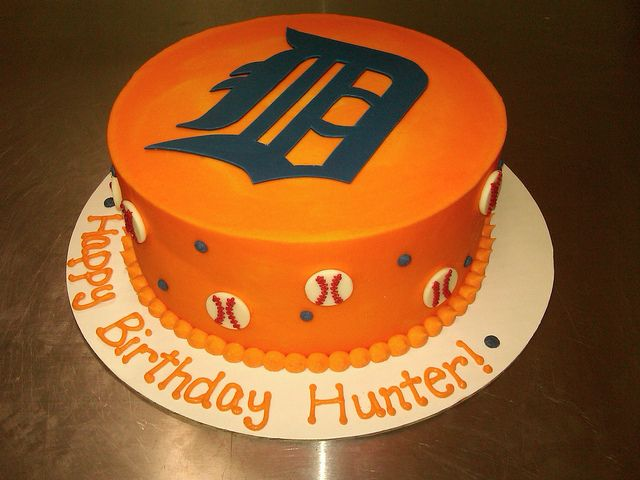 Detroit Tigers cake for the birthday boy. Thinking this might be what we go with for Isaac's 2nd birthday! :)