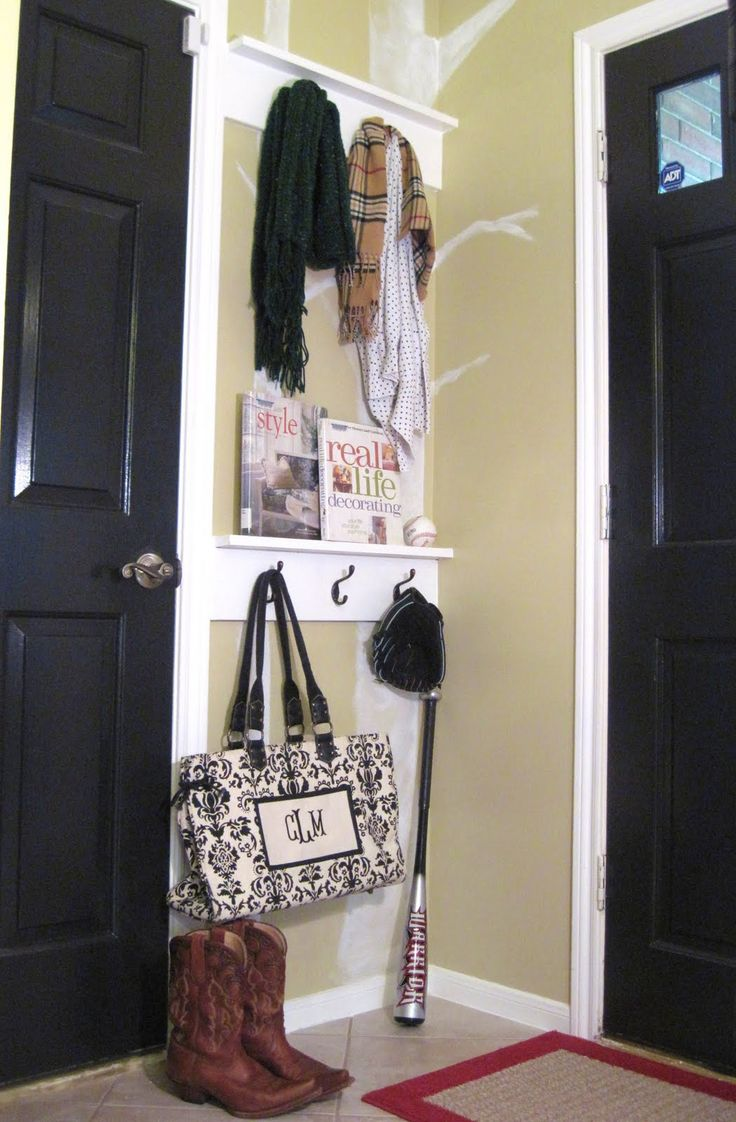 Want to recreate this since we have a small entryway space...can hang--umbrellas, keys, hats, scarfs, etc.