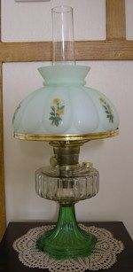 Aladdin clear and green Corinthian mantle lamp