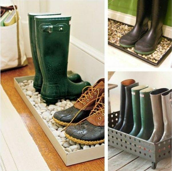 Rangement pour les bottes de pluie rangement chaussures for Idee rangement chaussures entree