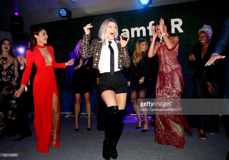 Bethanny Frankel, Fergie and Selita Ebanks at amfAR Los Angeles 2017 at Ron Burkle's Green Acres Estate on October 13, 2017 in Beverly Hills, Californi