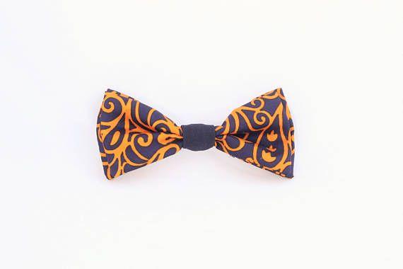 Noeud papillon bleu et orange noué interchangeable homme et