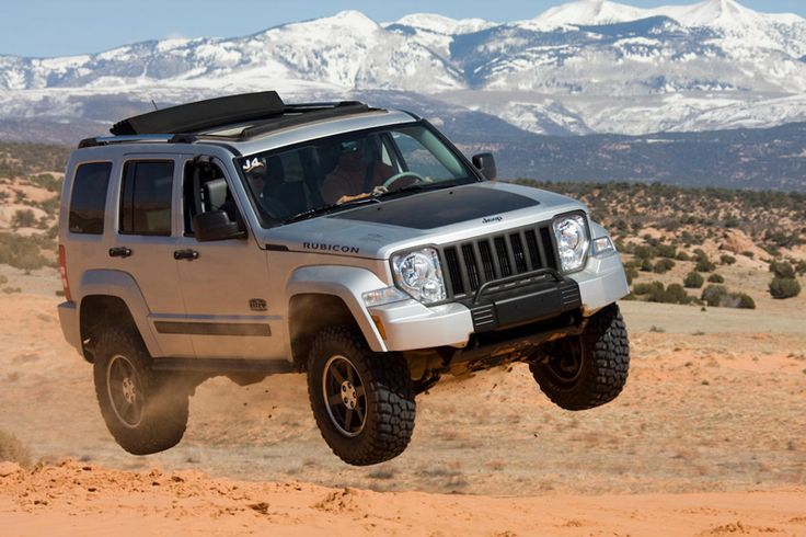 Lifted Jeep Renegade >> Lifted 2005 Liberty | what it comes down to is the look you want and the functionality you ...