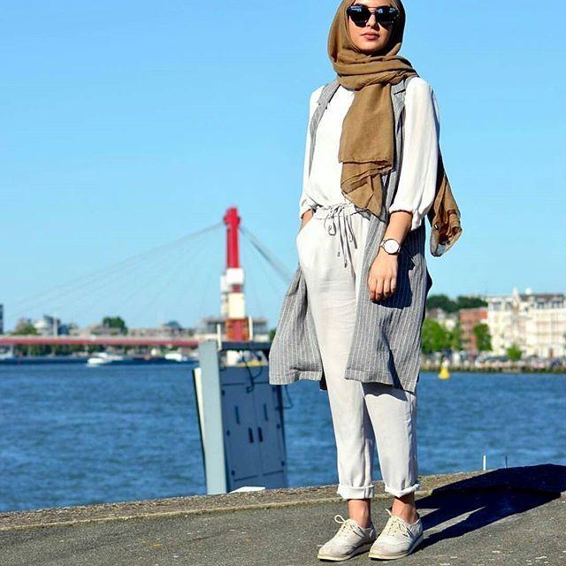 admin@gina.makki #dope#hijab#style#fashion#fashionista #fashionable #fashionaddict #beautiful #beauty#pretty#loveher#muslimah #muslimahfashion #girls#girl#streetstyle #streetwearfashion #streetwear #flawless #fleek#chic#elegant #elegance #modern #modest #trendy#stunning#styleblogger
