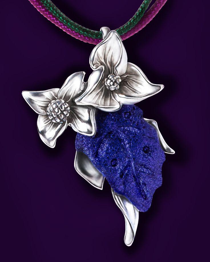 Kids necklace pendant: Silver 925ml, Leather, Nylon cord.
