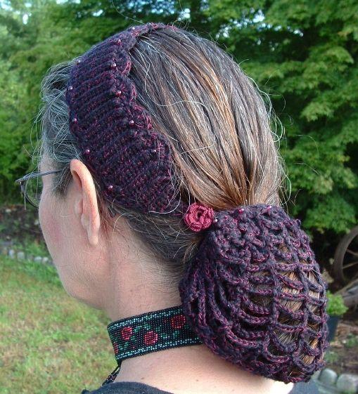renaissance crochet patterns | ... Pattern Book » Crochet Hair Bun Covers and Snoods – free patterns