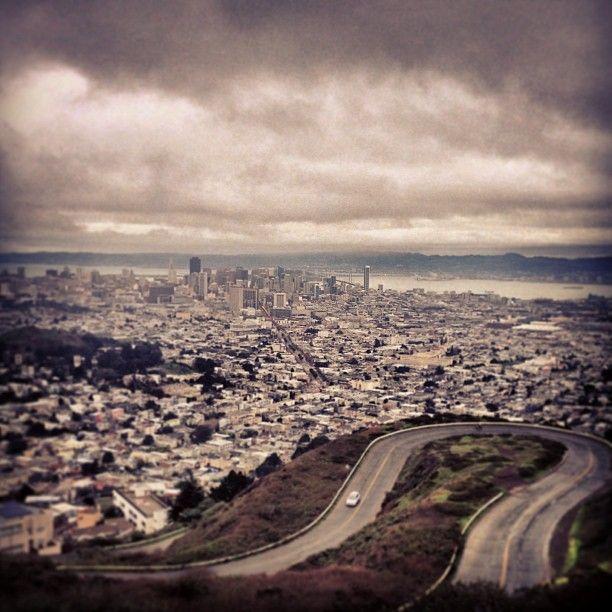 Twin Peaks Summit in San Francisco, CA // pretty amazing views, day or night