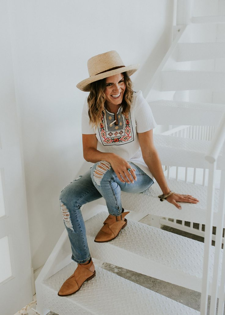 Distressed Jeans, Embroidered Top, + Summer Hat Outfit | ROOLEE