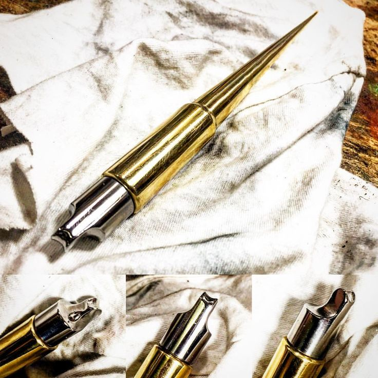 #RUSTYDARE オリジナル #フチ捻 一本一本 #旋盤 #フライス盤 で切削してルーター、手研磨で制作してます。 久々に#木工 #金属加工 用の工房 で作業したから制作途中だった#革工具 も作業しました〜 もう少し磨きたいな〜 . #lathe #millingmachine #EdgeBeader #工具#tools #leathertools  #HANDmade #metalwork #leatherwork#レザークラフト #WOODwork  #workingspace #photooftheday#instadaily #vapegear#vapecase #everydaycarry #VAPE#電子タバコ #vapeHaPpY #vapedaily#vapecommunity #アメカジ