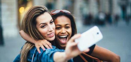 Ojo! Los selfies aumentan el contagio de piojos...