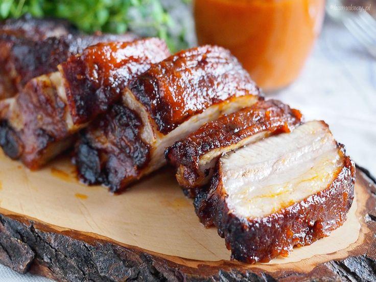 Przepis na niezawodne pikantne żeberka w glazurze barbecue, którym nikt się nie oprze.