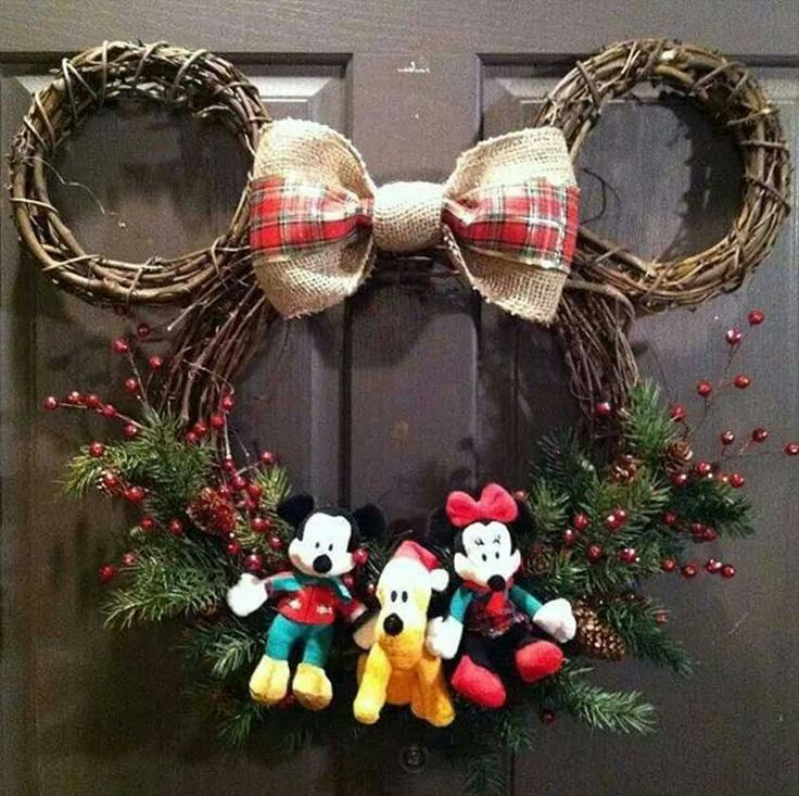Mikey Mouse Wreath