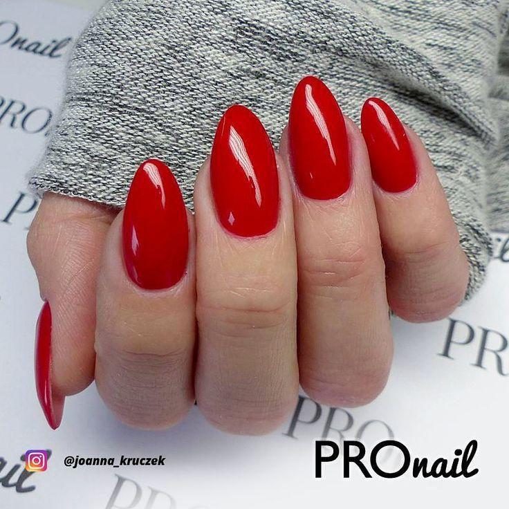 Klasyki nigdy za wiele - hybryda PROnail 566 - Hollywoodzka Czerwień w stylizacj...