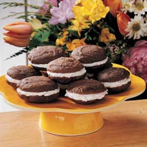 Have always wanted to try Whoopie Pies!  Love Taste of Home...and they have a few recipe variations to choose from.