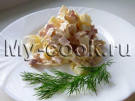 Пикантный салат с дыней