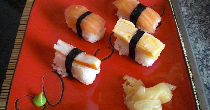 Das Nigiri Sushi Rezept von Manja ist ein Klassiker. Es ist einfach und schnell Zubereitung. Und wird Freunde und Familie begeistern.