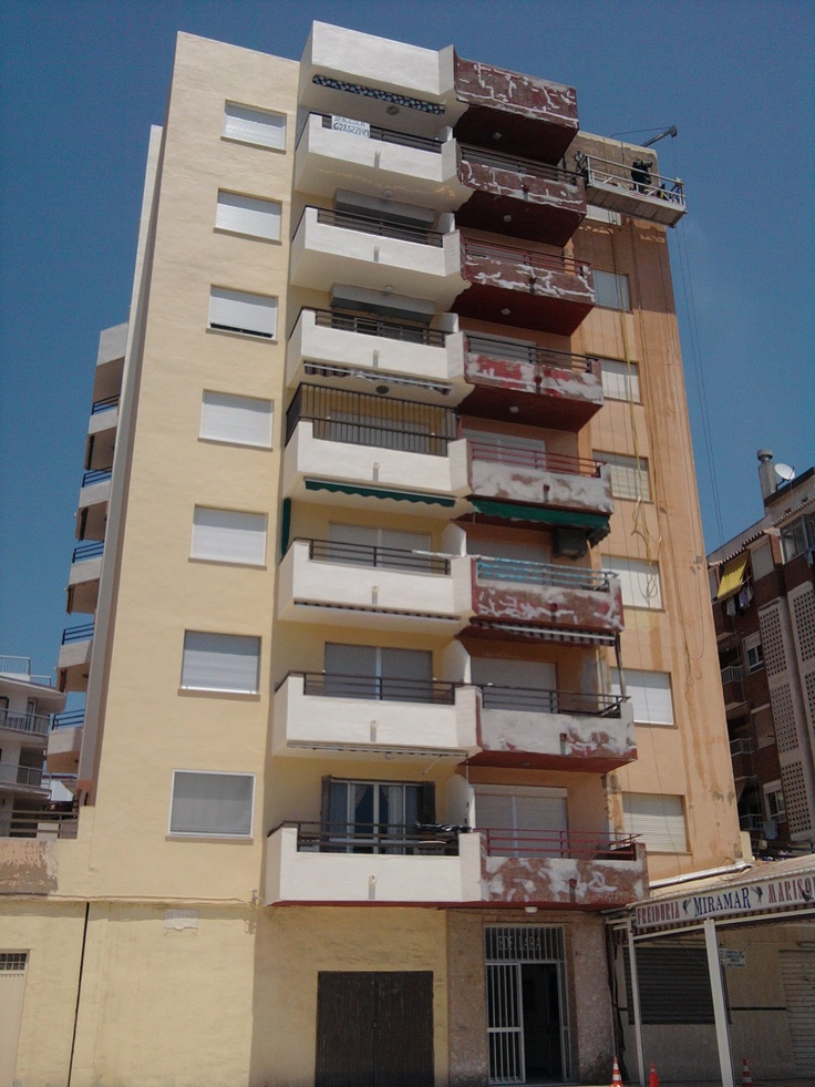 Edificios Contempor Neo Balcon Exterior Antes Y