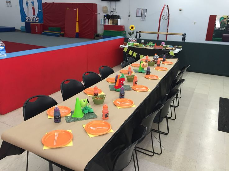 The children s party table  We covered it with a black plastic table cloth   We. 17 Best images about Plants VS Zombies birthday on Pinterest