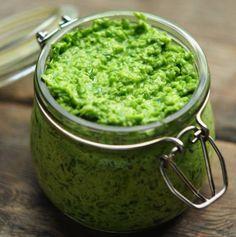 Чесночная паста из стрелок зеленого чеснока - отведав которую, вы не сможете отказаться от неё
