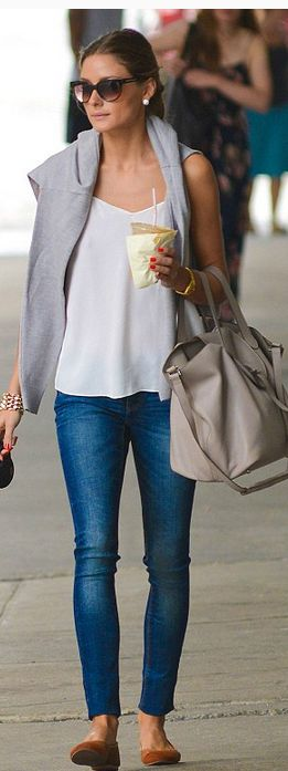 : Oliviapalermo, Casual Style, Skinny Jeans, Street Style, Palermo Style, Olivia Palermo, Casual Outfits, Jeans And Flats, Travel Outfits