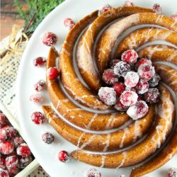 gingerbread-bundt-cake-with-vanilla-glaze-recipe-cover-thub