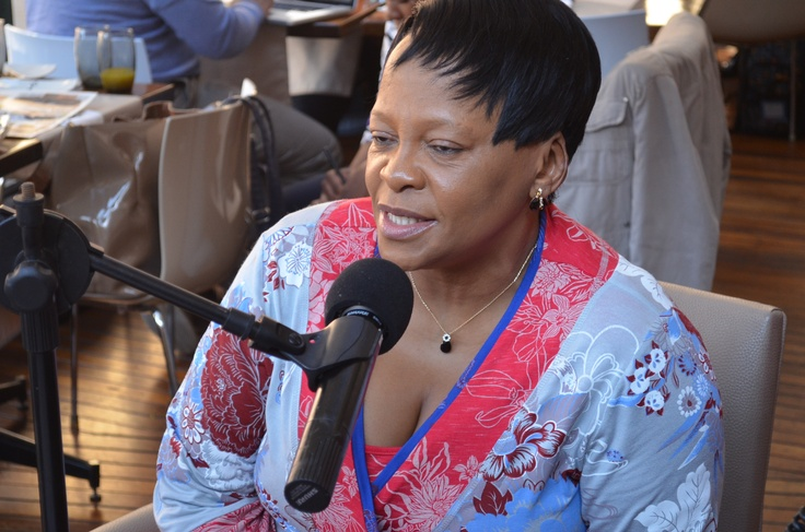 Nomvula Mokonyane, Gauteng Premier on 180 with Bob at Nelson Mandela Square at Pappas Cafe. Live broadcast for Kaya FM 67KM Relay for Mandela Day.