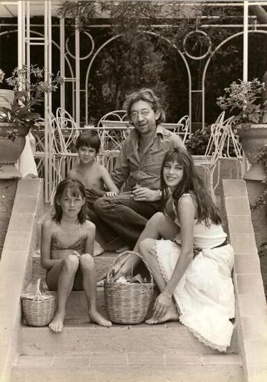 Jane, Serge, Kate et Charlotte Gainsbourg