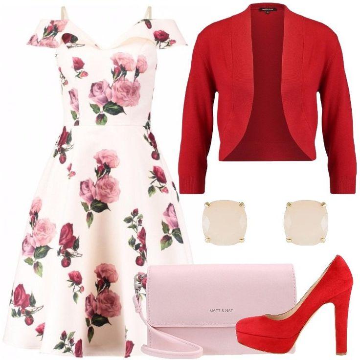L'outfit è composto da un vestito con scollo a V profondo, un cardigan, una borsa a tracolla in fintapelle, un paio di tacchi rossi scamosciati e da un paio di orecchini.