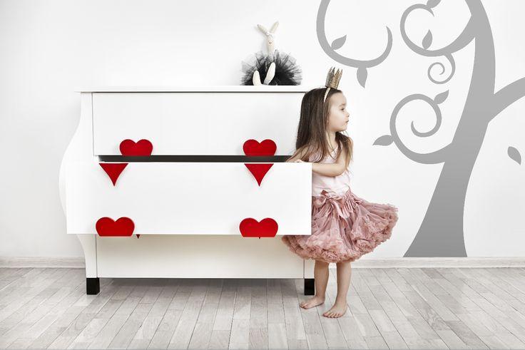 LITTLE BUBBLE from the Alice Collection by BARSTE DESIGN. #furniture #aliceinwonderland #barste #barstedesign #luxurykids #baby #design #happiness #inspiration #luxury #dream #babyshower #kidsroom #babyroom #luxurydesign #decorideas #luxuryinteriors #kidsdesign #dreamroom #kidsbedroom #kidsfurniture #babydesign #babyfurniture #kidsroomideas /www.barste.com