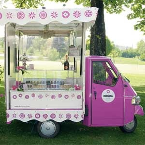 For those addicted to ice cream....a must have at your wedding!!!