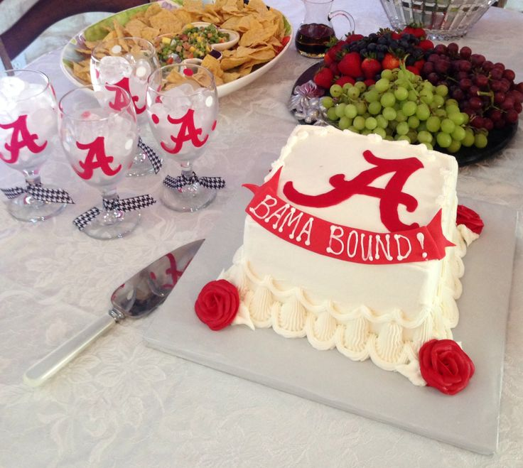 Alex S Hs Graduation And Her Plans To Attend University Of Alabama Cake Ideas