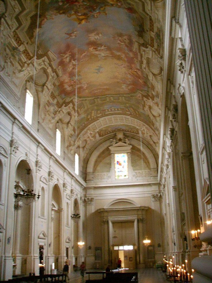 Santa Maria del Carmine, interno 2 - Санта-Мария-дель-Кармине — Википедия