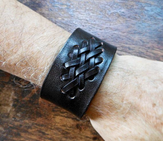 Unisex Genuine Black Cow Leather Bracelet Featured With Weave