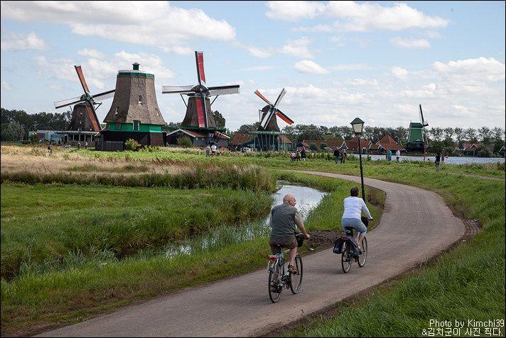[네덜란드 #046] 풍차, 전통마을 그리고 나막신, 잔세스칸스(Zaanse Schans) :: 김치군의 내 여행은 여전히 ~ing