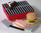 Felt Food Pattern - Backyard BBQ Play Set PDF Pattern Hot Dog, Hamburger, Steak, Grill and Accessories.  These are not free, but gives an idea of things to make