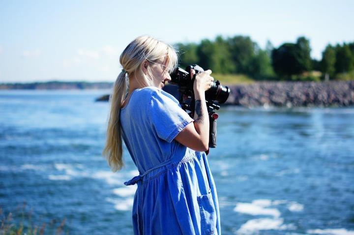 Ivana Helsinki designer, Paola Suhonen, working on the Suomenlinna Photoshoot in #helsinki , #finland #film #fashion #art #director