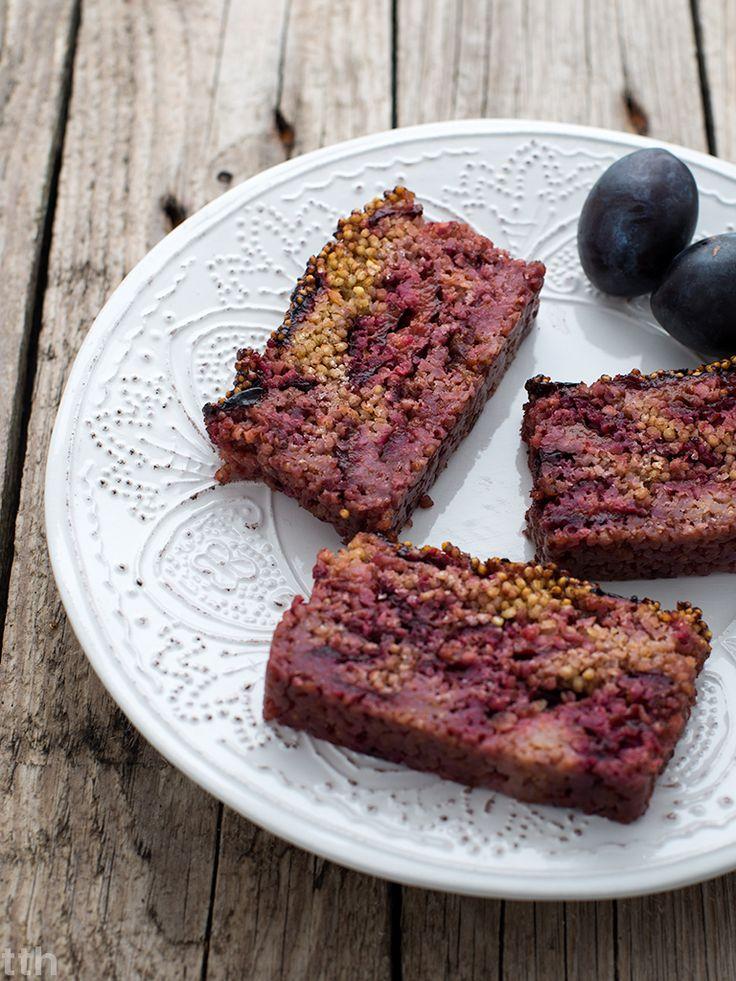 Właściwości kaszy jaglanej i proste dietetyczne ciasto z kaszy jaglanej i śliwek