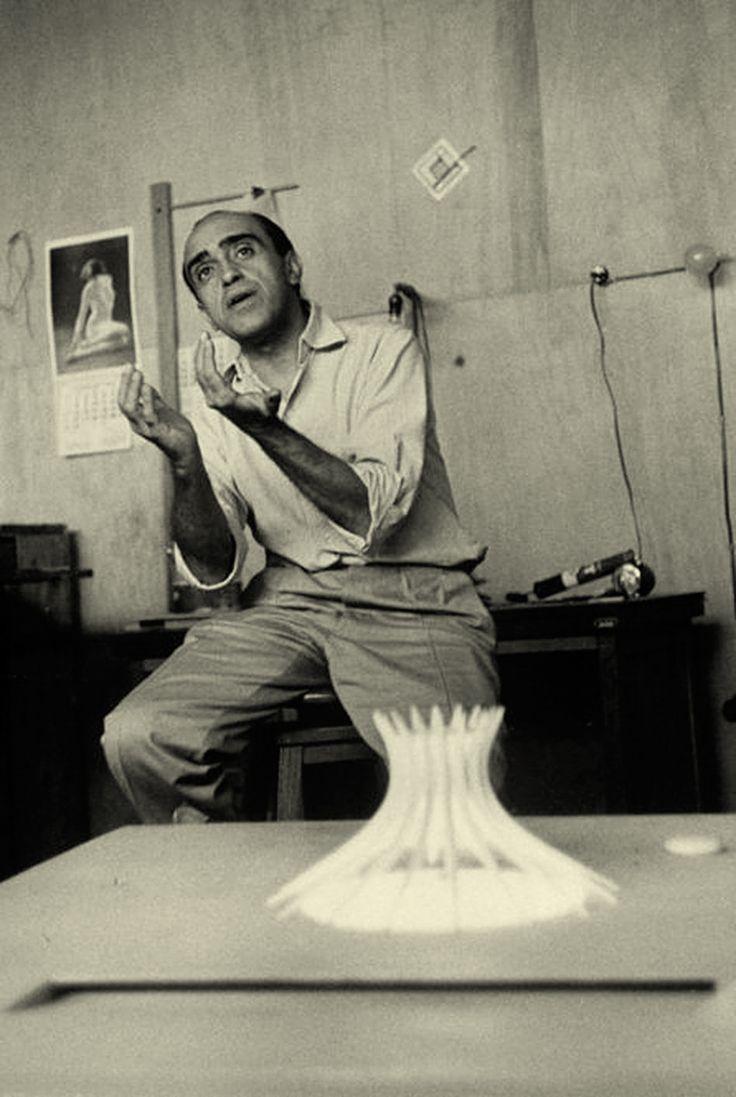Oscar Niemeyer (1907-2012)