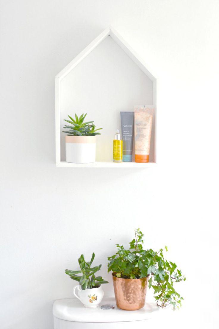 Schöne DIY-Idee für ein Regal in Hausform