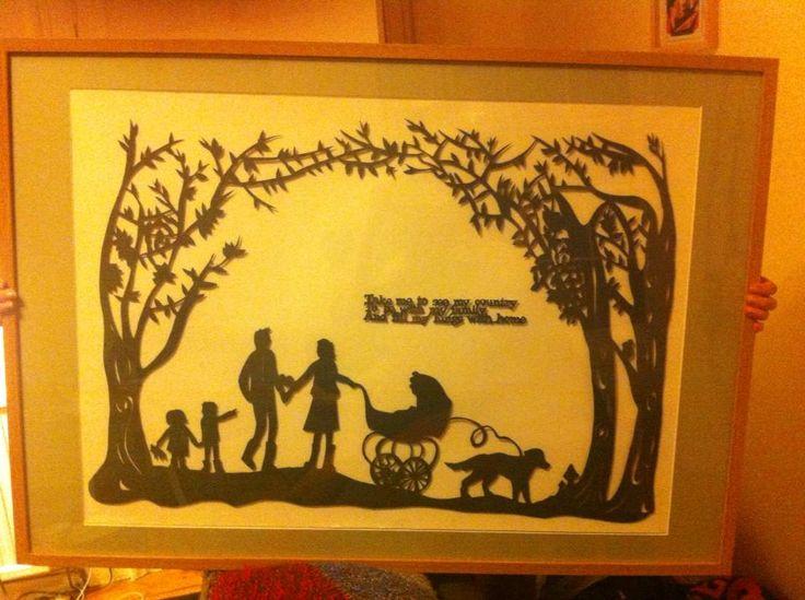 bearhunt papercut, showing family