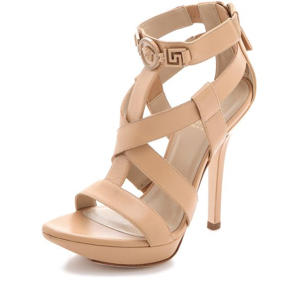 Versace Strapped Back Zip Sandals (980 BRL) ❤ liked on Polyvore featuring shoes, sandals, heels, chaussures, pumps, nude, heeled sandals, nude heeled sandals, strappy heeled sandals and strappy sandals